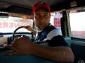 印度的哥开倒车11年 政府发特殊牌照