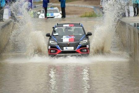 新能源汽车怕水么