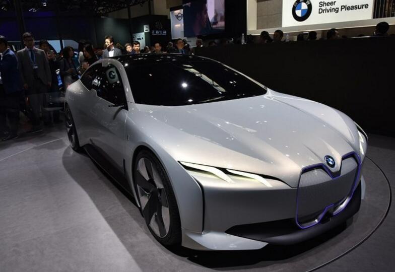 后驱或四驱 传宝马i4将推出两动力版本