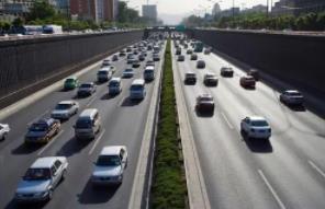 7月新(xin)能源汽車(che)產銷均(jun)創新(xin)高 車(che)市加速向(xiang)新(xin)能源轉型